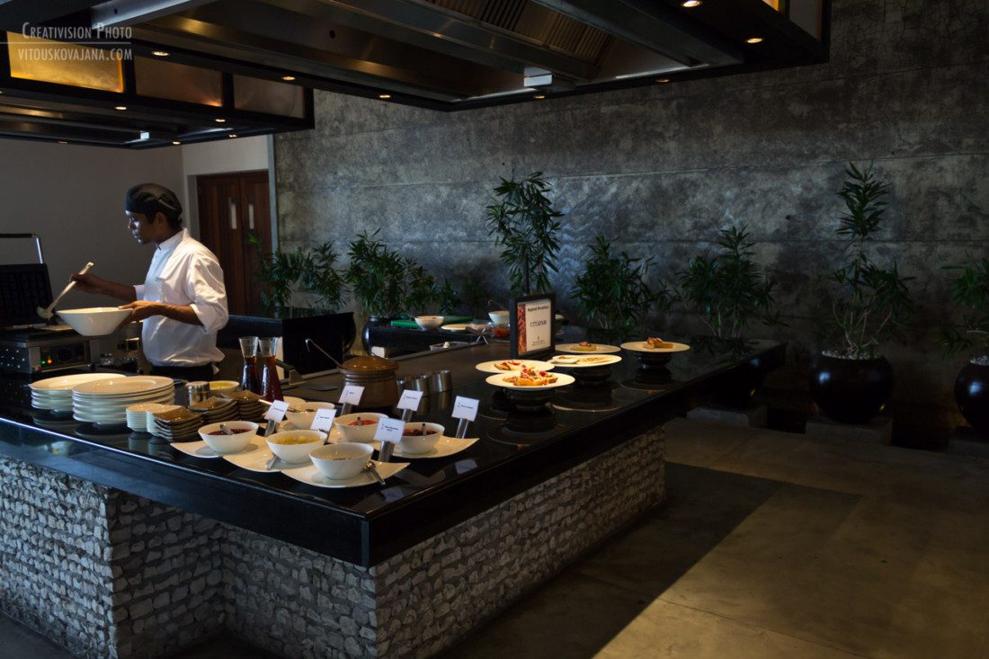 breakfast buffet at Four Seasons Landaa Giraavaru