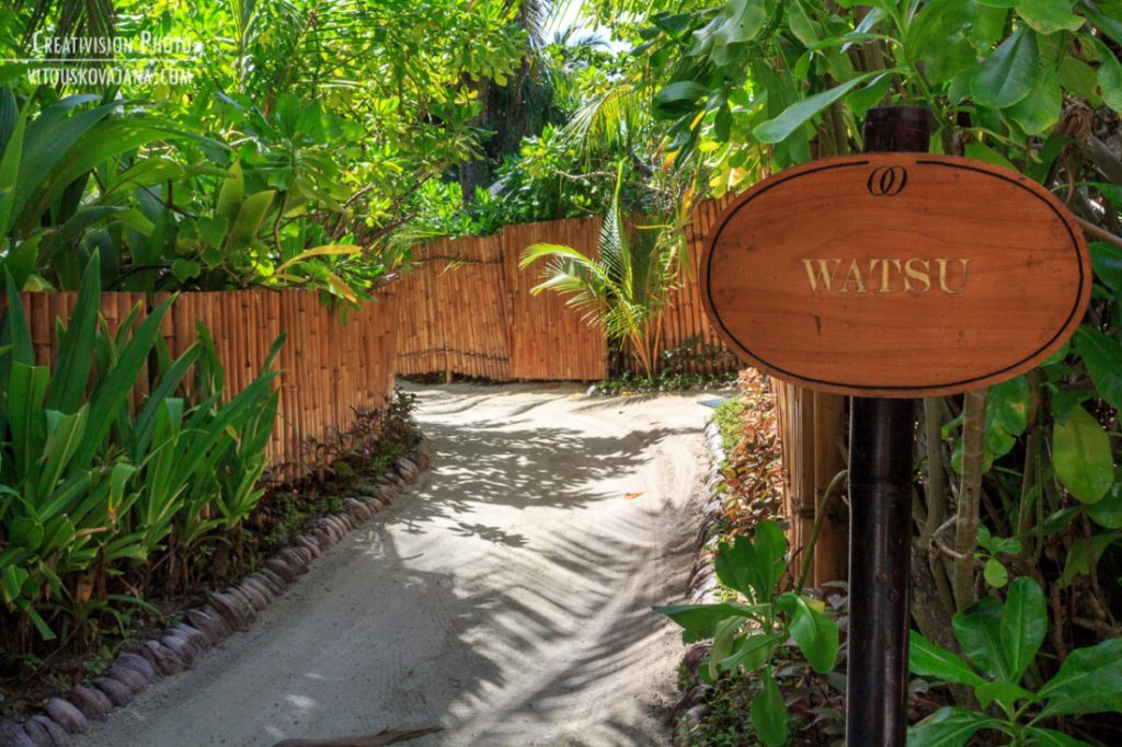 WatSU - water shiatsu v One&Only Reethi Rah