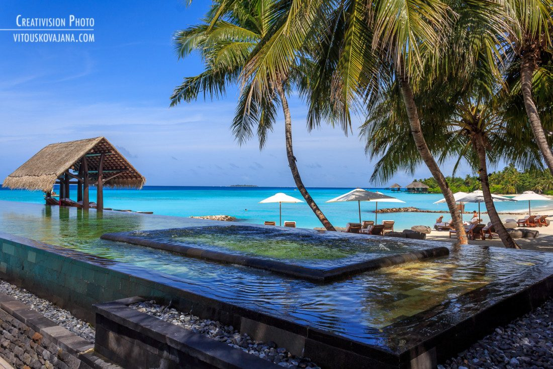 Infinity pool at One & Only Reethi Rah