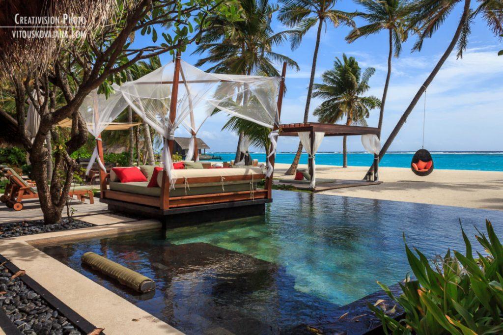 luxusní zahrada u vily One&Only Reethi Rah