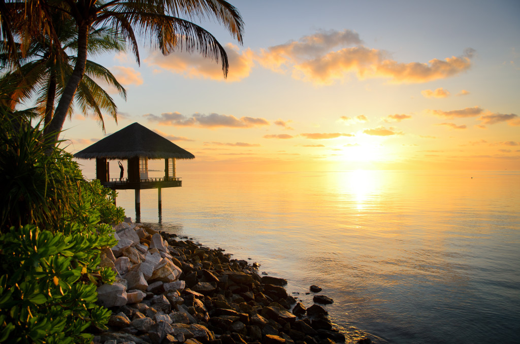 Sunrise yoga One&Only Reethi Rah