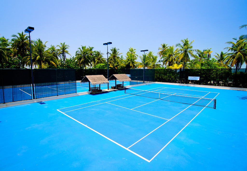 Tennis courts One&Only Reethi Rah
