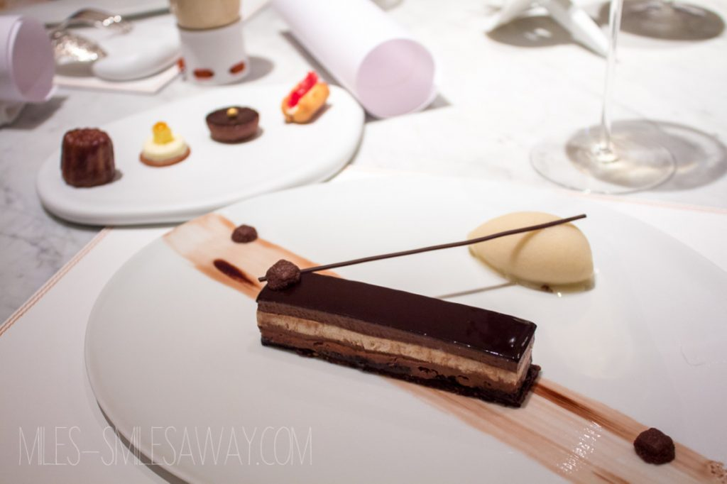 dessert at the restaurant Le 1947 at Cheval Blanc Randelhi