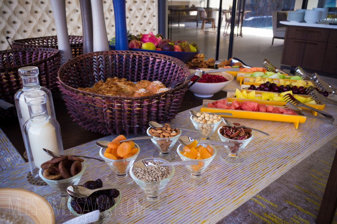 breakfast buffet at Cheval Blanc Randelhi