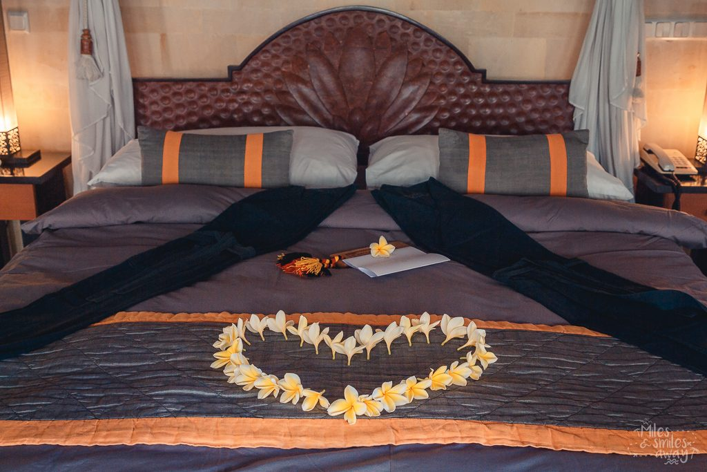 Bed decoration at Jamahal Private Resort & Spa in Bali