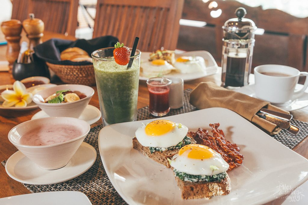 Breakfast at Jamahal Private Resort & Spa in Bali