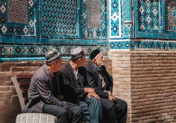 Posezení s přáteli samarkand shah i zinda